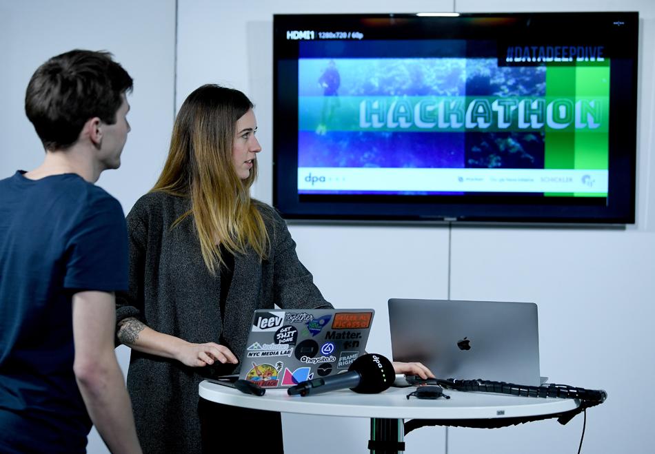 #datadeepdive Hackathon
